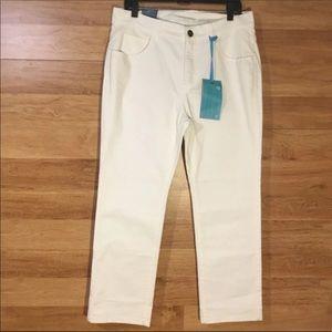 5/$25 BUNDLE SALE Soft Surroundings White Jeans